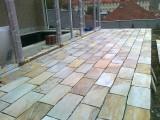 Znojmo- terasa s lepenou dlažbou na rohoži (2)